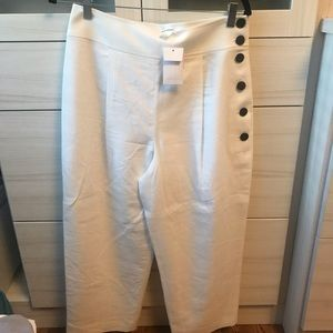 Club Monaco White pants. Wide leg, crop. SZ10